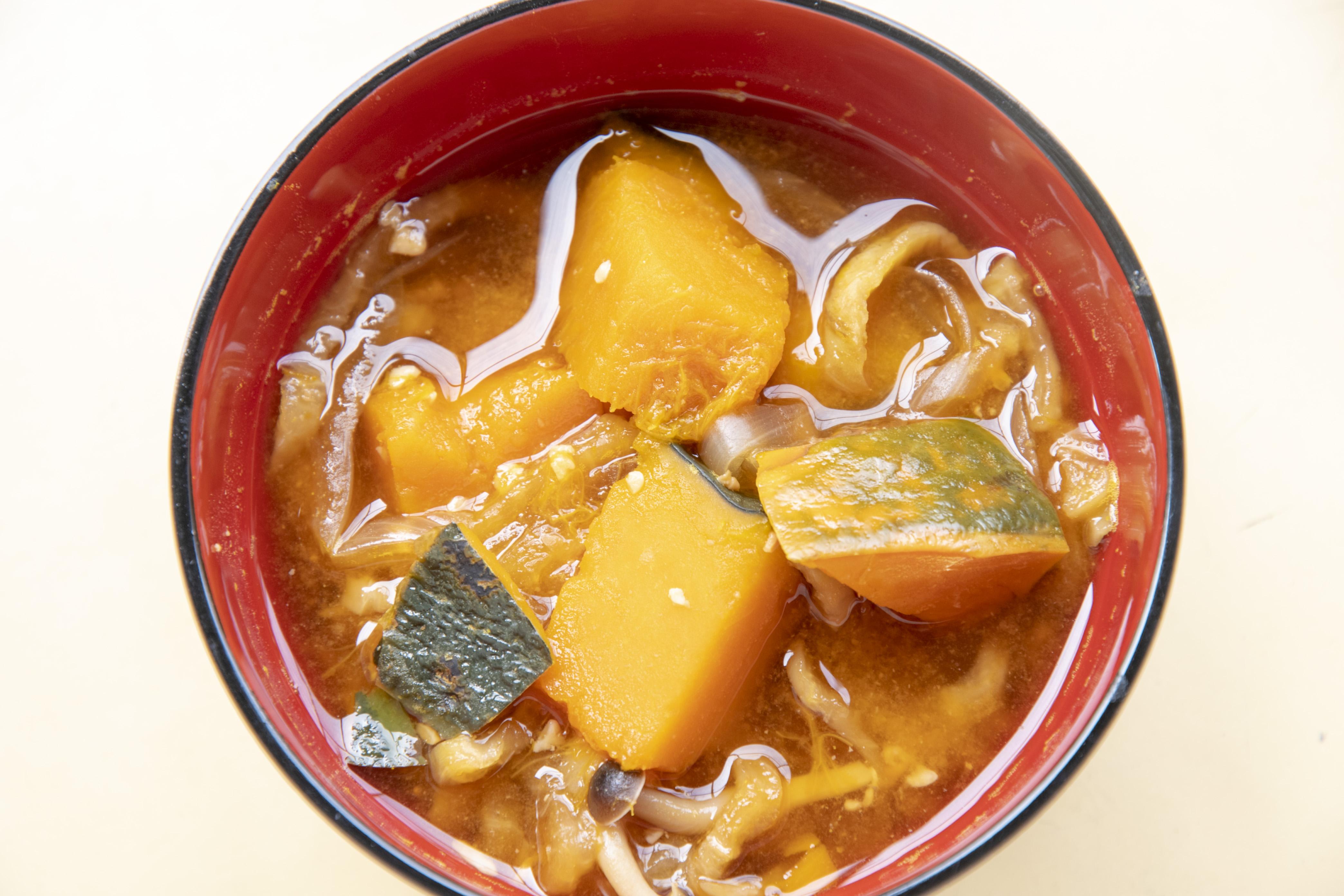 かぼちゃと切り干し大根の味噌汁