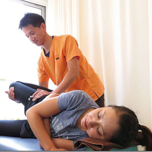 産後の骨盤矯正無料施術
